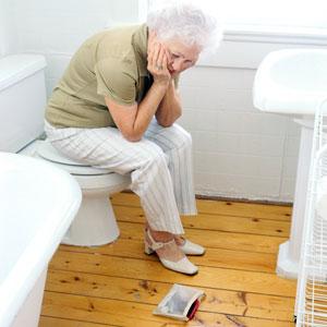 запор у пожилых