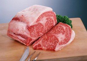 От запаха мяса