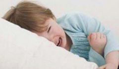 У ребенка болит живот в области пупка что делать